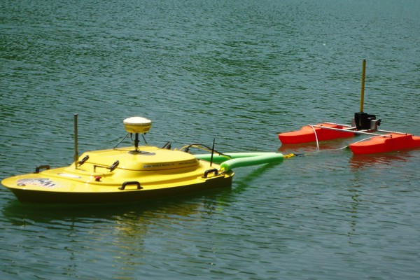 SKW remote survey boat, the PROWLER on water